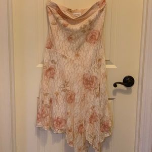 Strapless lace rose dress
